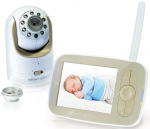 Bringing You Closer with the Infant Optics DXR-8 Baby Monitor